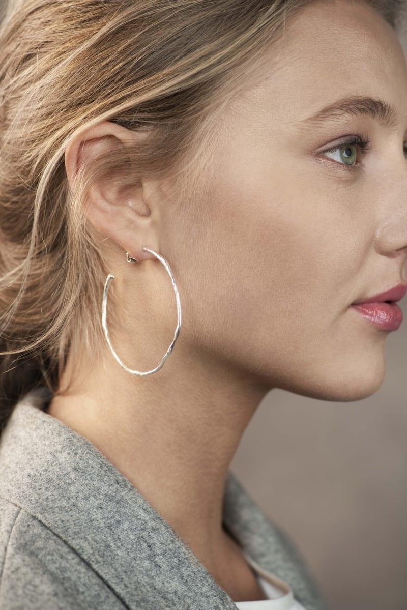 Mingle store øreringer i sølv